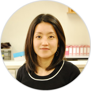 Yumiko MATSUDA ( Chief of teaching section)